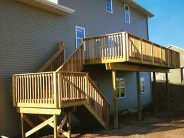 Bi level deck built by Mischler and Sons