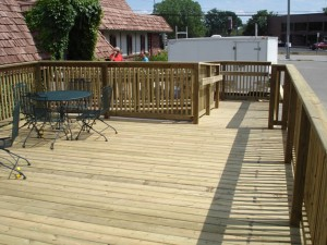 Custom deck by Mischler and Sons Construction